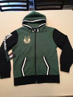 $75 Milwaukee Bucks Basketball NBA Boy Youth Small  NEW Hood