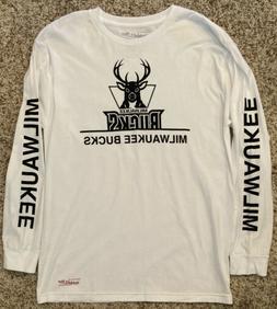 Milwaukee Bucks Mitchell & Ness Men's Long Sleeve Fashion