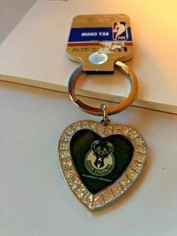MILWAUKEE BUCKS NBA HEART SHAPED SPARKLING KEY RING - KEY CH