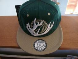 Milwaukee Bucks New Leader of the Game Baseball/Basketball A
