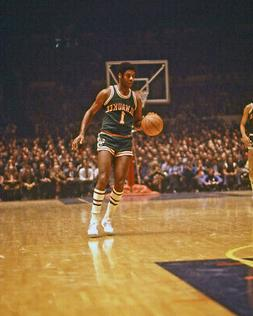 Milwaukee Bucks OSCAR ROBERTSON Glossy 8x10 Photo Print Post