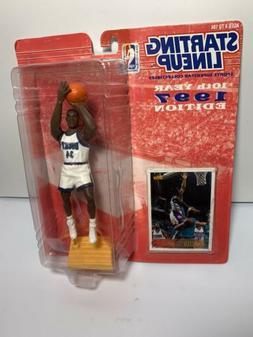 RAY ALLEN NBA Milwaukee Bucks Action Figure & Card 1997 Star